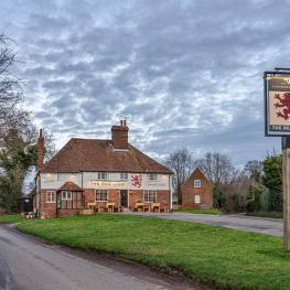 Red Lion, Charing Heath